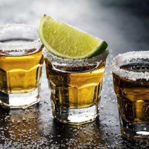 צ'ייסרים ואלכוהול לאירועים