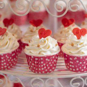 קאפקייקס עם קצפת מתוקה